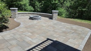 Shrewsbury Ma Patio and Firepit from Ideal Landscape 800px MA (1)